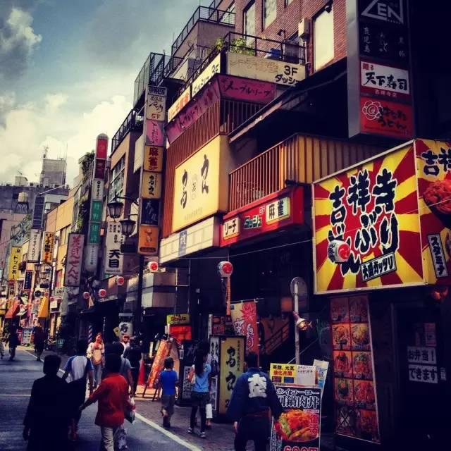 这家三平米的日本小店,靠匠人精神一年赚三亿 - 木买蚂蚁 - hfzhangping的博客